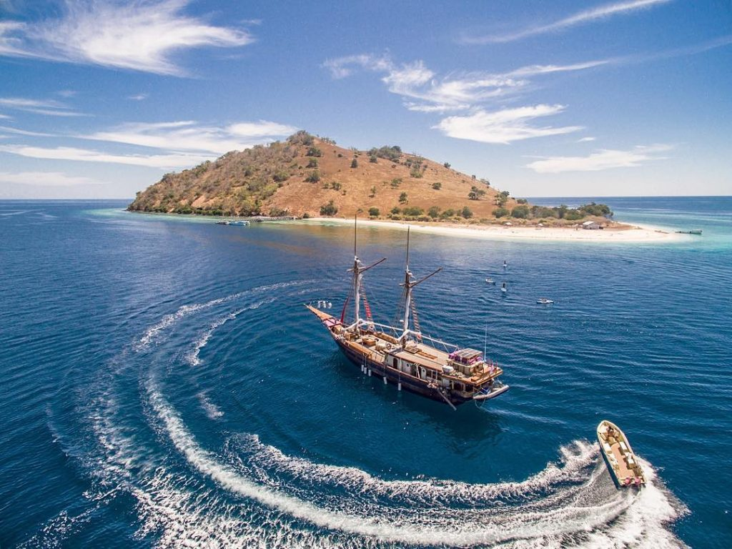 A Guide for Komodo Diving Liveaboard: Diving Licenses