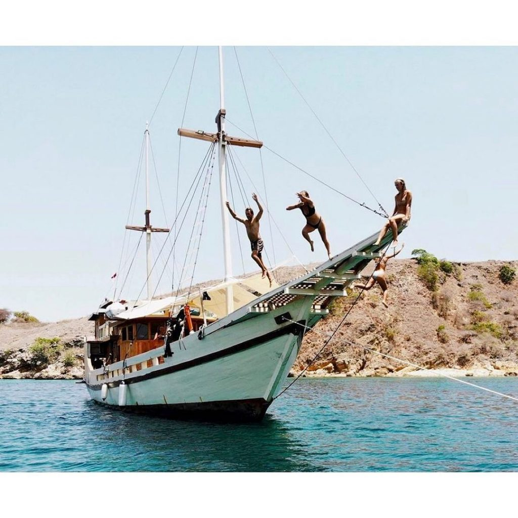 How to Make the Most Out of Your Raja Ampat Liveaboard ...